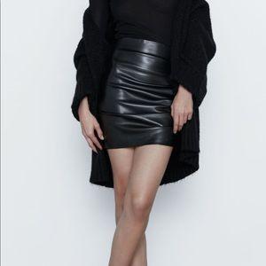 Zara faux leather ruched mini skirt